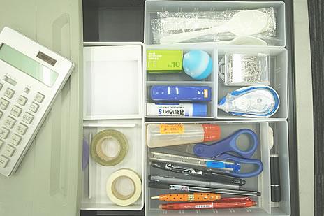 オフィスのデスクの整理収納術、3つのルール